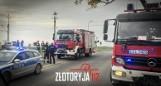 Groźny wypadek na przejeździe kolejowym. Lokomotywa staranowała samochód