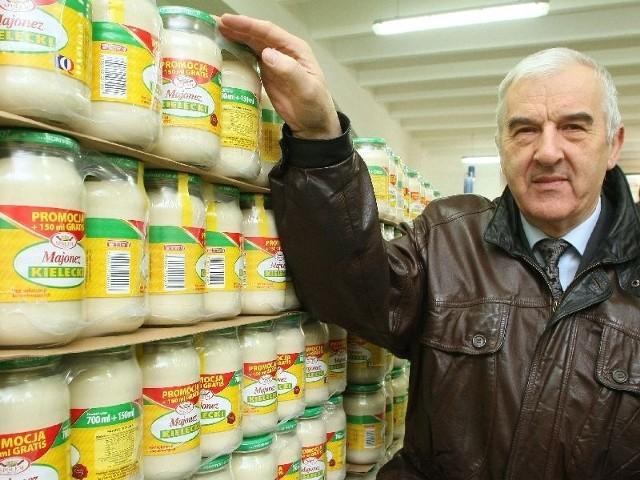 - Nie ma wątpliwości to jest numer 1 wśród polskich majonezów – pokazuje prezes Wytwórczej Spółdzielni Pracy Społem Jerzy Misiak.