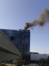 Pożar w hotelu DoubleTree by Hilton w Łodzi. Ewakuacja [ZDJĘCIA]