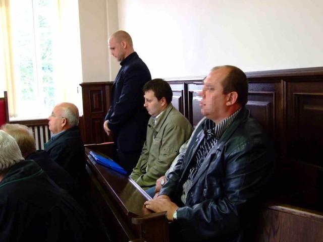 Na ławie oskarżonych zasiedli szeregowi pracownicy. Ojciec zmarłego Łukasza, uważa, że powinno tutaj zasiąść również kierownictwo firmy.