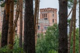 Zamek w Stobnicy: Zarzuty dla urzędników i biznesmenów doprowadzą do rozbiórki zamku? Najpierw musi się wypowiedzieć wojewoda