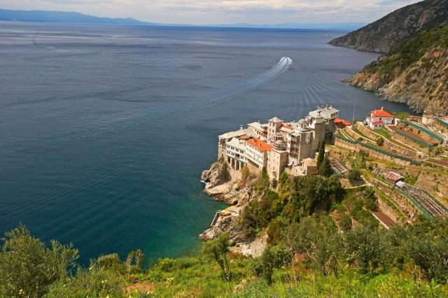 Halkidiki, Agio Oros - Griroriou Monastery, źródło: Shutterstock