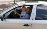Matka kierowała autem z dzieckiem na kolanach. Policja w Sosnowcu analizuje nagranie