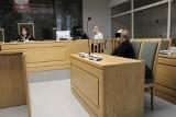 Z bankowych kont zniknęło 370 tys. Po latach bank  deklaruje, że wyrówna stratę  spadkobierczyni klientek