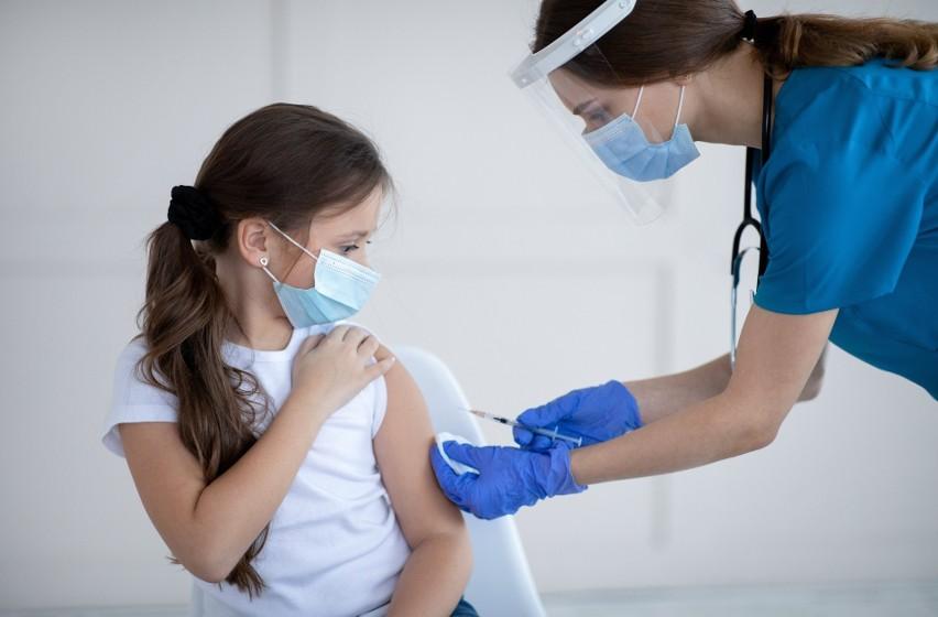 Kiedy rozpocznie się szczepienie uczniów, czy punkty...