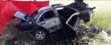 Tragiczny wypadek na DK91 koło Ozorkowa. Nie żyje mężczyzna. Jego samochód doszczętnie spłonął ZDJĘCIA FILM