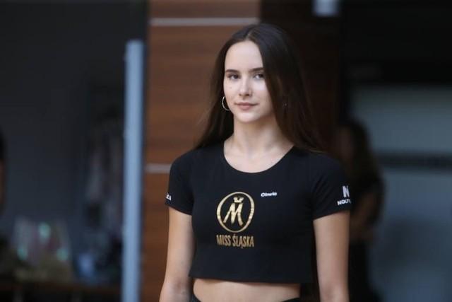 15-letnia mieszkanka Rybnika zakwalifikowała się do finału Miss Śląska nastolatekZobacz kolejne zdjęcia. Przesuwaj zdjęcia w prawo - naciśnij strzałkę lub przycisk NASTĘPNE