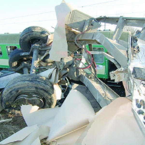 Czy do tej tragedii na przejeździe kolejowym w Polednie musiało jednak dojść?
