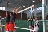 Drugi dzień siatkarskich zmagań w Szydłowcu. W niedzielę rywalizowali mężczyźni. Zobacz zdjęcia