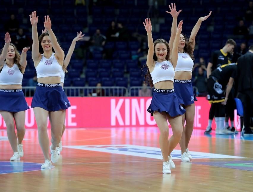 Zobacz zdjęcia cheerleaderek Wilków Morskich z meczu z Treflem [GALERIA]