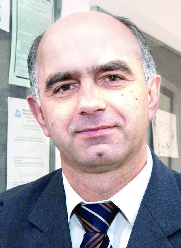 Dr Krzysztof Kaszuba, ekonomista