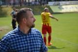 Zmiana na stanowisku trenera piłkarzy Pogoni Świebodzin! Tomasz Sobczak już nie prowadzi zespołu. Kto go zastąpi?