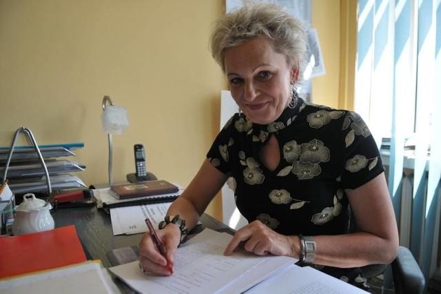 Prof. Maria Zielińska, dyrektor Instytutu Socjologii na Uniwersytecie Zielonogórskim. Jest członkiem zespołu badawczego realizującego projekt pod nazwą Lubuski Sondaż Społeczny 2005 i 2009.