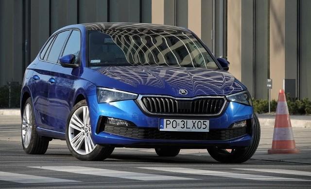 Auto może zostać wyposażone - za dopłatą około 2 tys. zł- w adaptacyjne zawieszenie. Dzięki temu otrzymamy do dyspozycji kilka trybów jazdy - Eco, Comfort, Sport i Individual