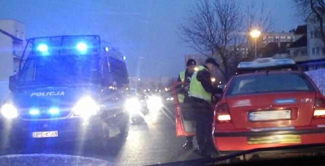 Kierowcy pomogli zatrzymać pijanego kierowcę
