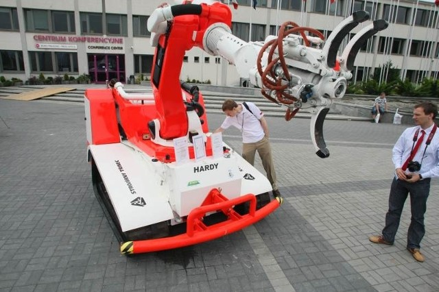 Zdalnie sterowany pojazd takiej wielkości to pierwszy model w Europie. Fot. Dawid Łukasik