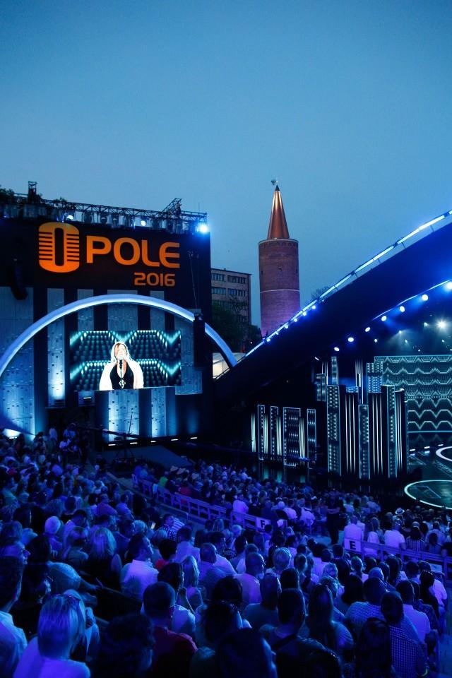 Arkadiusz Wiśniewski proponuje, by to miasto przejęło organizację Krajowego Festiwalu Piosenki Polskiej w Opolu.