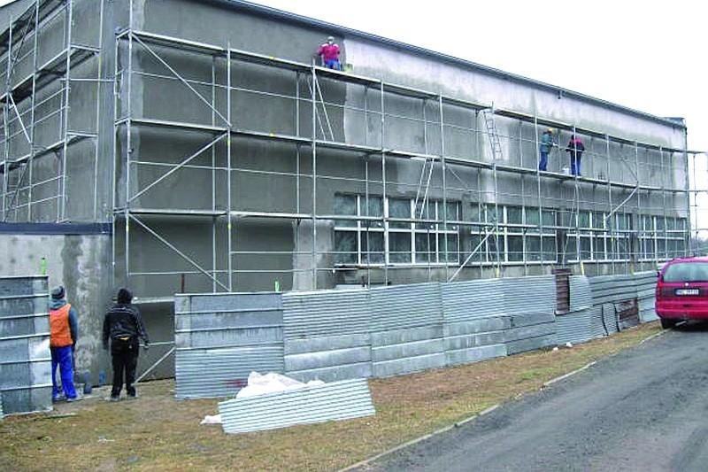 """Dzięki """"lekkiej"""" zimie prace budowlane prowadzone są bez żadnych przestojów."""