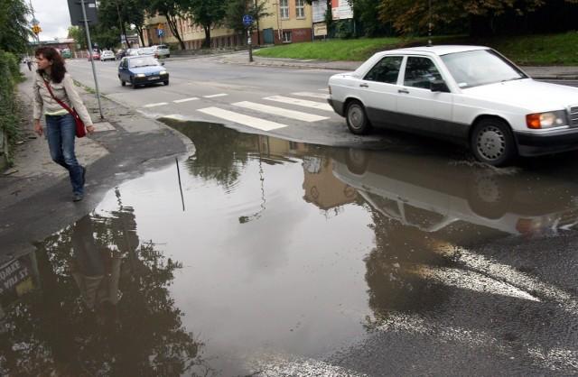 Po długich miesiącach apeli wreszcie przedsiębiorcy z Grudziądza będą płacili mniej za deszczówkę