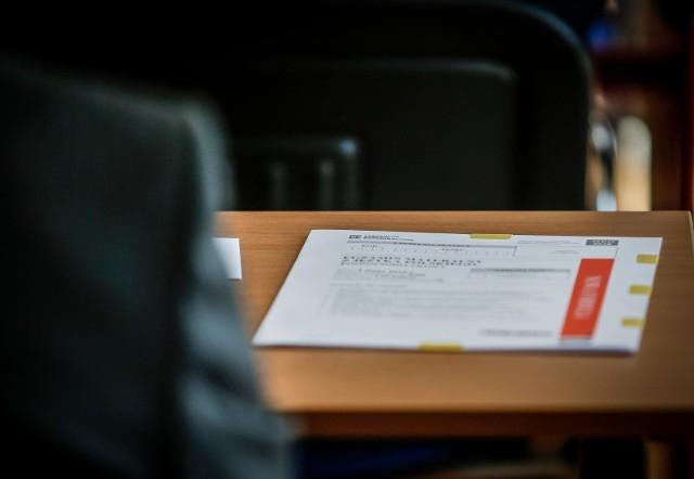 Próbna matura 2021 - j.polski poziom podstawowy. Egzamin rozpocznie się 3.03.2021 r. o godz. 9:00. ARKUSZE + ODPOWIEDZI