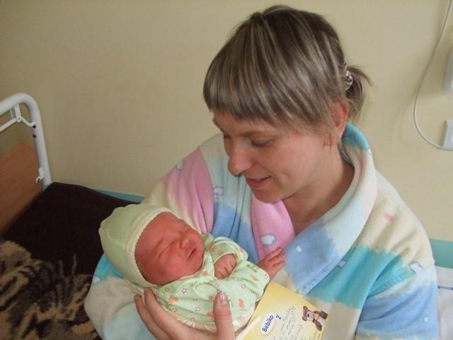 Marcin BrzózkaMarcin Brzózka urodzil sie w czwartek, 28 stycznia. Wazyl 3700 g i mierzyl 55 cm. Jest drugim dzieckiem Magdaleny i Daniela z Ostrowi. Marcin ma dwuletniego brata Krystiana.