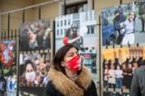 Historia białoruskiej rewolucji na przejmujących zdjęciach. Zatrzymaj się na wystawie w sercu Białegostoku (ZDJĘCIA)