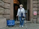 Kobieta została przysypana gruzem na Garbarach w Poznaniu. Odpowiedzialni za to budowlańcy zostali prawomocnie skazani