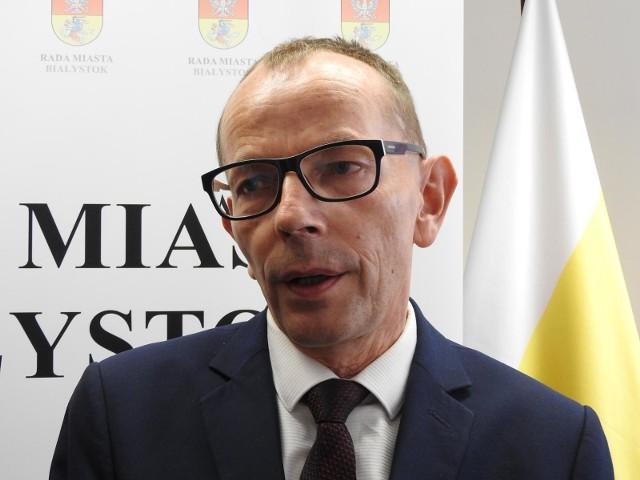 Nie chcemy, by mieszkańcy byli stratni w związku z utrudnieniami związanymi z walką z koronawirusem - mówi wiceprezydent Zbigniew Nikitorowicz.