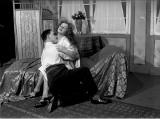 Romantyczne, niedorzeczne, infantylne, a czasem wręcz głupie. Pocałunki w filmie. Przez całe dekady były pod znacznym obstrzałem cenzorów
