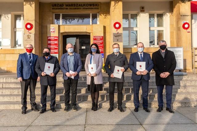 W poniedziałek 16 listopada 2020 w Urzędzie Marszałkowskim w Toruniu cztery samorządy podpisały list intencyjny w sprawie realizacji budowy obwodnicy Golubia-Dobrzynia. To już kolejny taki dokument w sprawie tej inwestycji