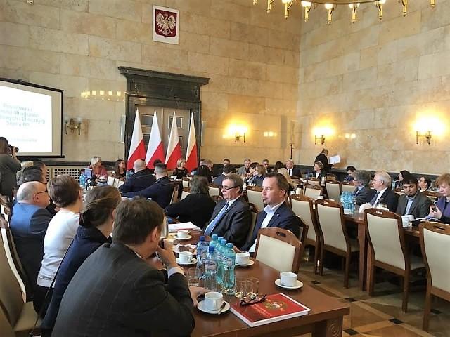 Bernard Gaida i Rafał Bartek podczas zamiejscowego spotkania Sejmowej Komisji Mniejszości Narodowych i Etnicznych.