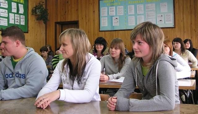 Uczniowie połączonych techników.