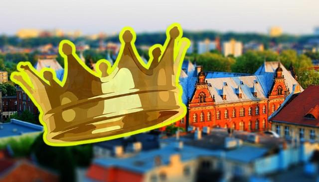Bydgoszcz w czasach I Rzeczpospolitej była ważnym miastem, zwłaszcza w dobie walk z Krzyżakami jako gród i zamek obronny. Odbywały się tu też sejmy i ważne narady królewskie, a w XVII wieku podpisano traktaty zwane welawsko-bydgoskimi. Miasto często odwiedzali polscy władcy. W czasach zaboru Bydgoszcz stała się ważnym ośrodkiem niemczyzny na zachodzie ówczesnej Rzeszy i z tej racji równie często zaglądali tu królowie pruscy i cesarze. Z różnych okazji w mieście pojawiały się także inne koronowane głowy. Łącznie było ich najprawdopodobniej (nie wszystkie pobyty zostały udokumentowane) 22. Wszystkich władców, którzy byli w Bydgoszczy, prezentujemy w porządku chronologicznym. To druga część naszej galerii. Zobacz, kto i kiedy gościł w Bydgoszczy. Przesuń gestem w lewo lub kliknij strzałkę przy zdjęciu >>>