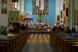 Rząd zwiększy limit osób w kościołach. To już pewne. Premier odniósł się do apelu Przewodniczącego Episkopatu Polski