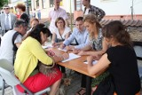 W Opatowie zbierali podpisy w obronie sądu