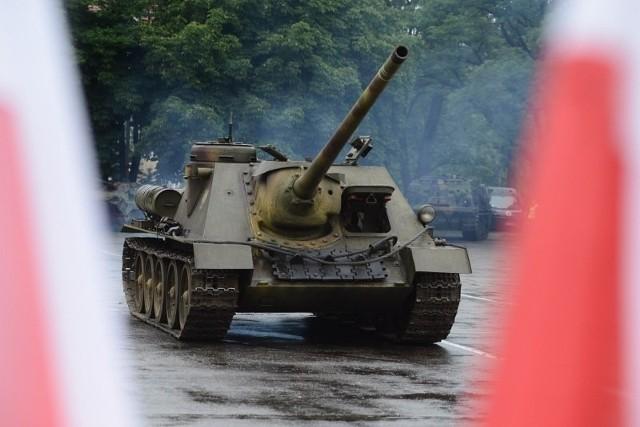 SU-100 z Muzeum Broni Pancernej