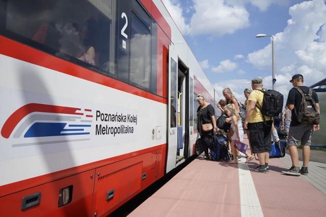 PKP Poznań: Utrudnienia na trasie do Gniezna. Uszkodzona sieć trakcyjna - pociągi jeżdżą objazdami. Koleje Wielkopolskie uruchomiły autobusy
