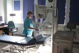 Katowice. W Uniwersyteckim Centrum Klinicznym SUM w młodzi endoskopiści szkolą się z najnowszych procedur operowania nowotworów