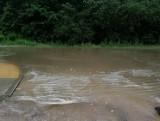 Grabówka. Mieszkańcy są oburzeni, że nowa ulica Graniczna została zalana po ulewie. Władze gminy Supraśl twierdzą, że to nadal plac budowy