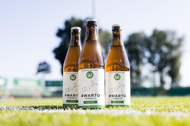 Tak prezentuje się oficjalne piwo Warty Poznań
