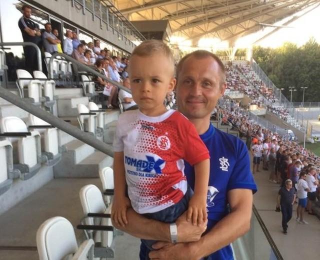 Tomasz Szulc  z synem Bartkiem