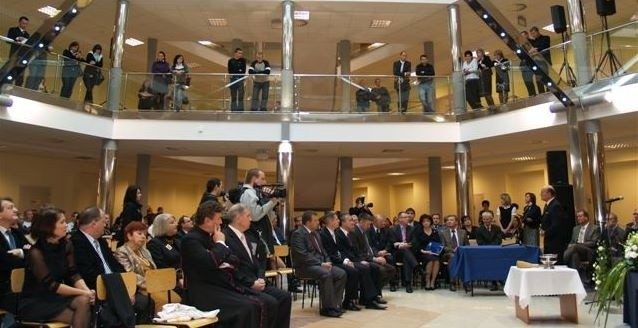 Główny hol nowej siedziby WSAP w Ostrołęce