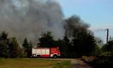 Pożar lakierni w Brzeźnie (gm. Człuchów). Paliły się chemikalia. Dym było widać z daleka [zdjęcia]