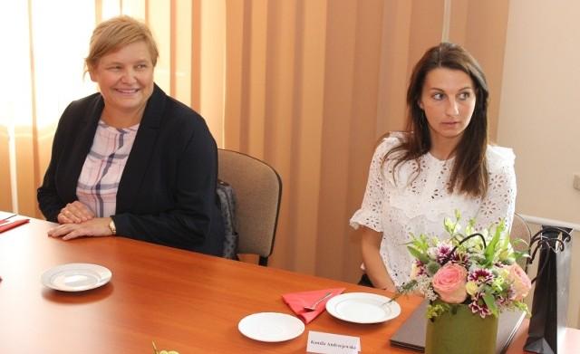 Lidia Jaskulska-Grzechowiak (z lewej)