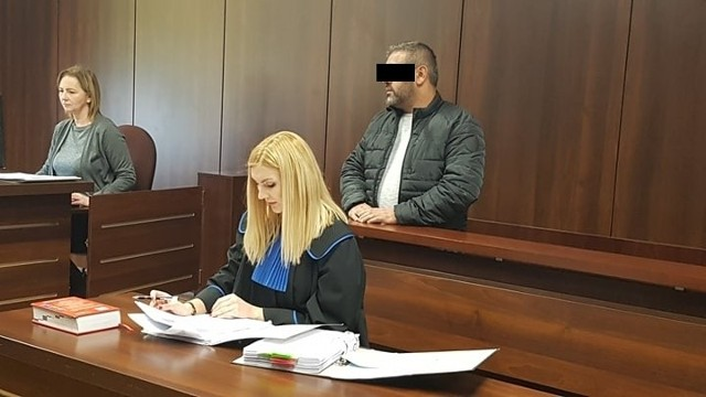 Proces w tej sprawie rozpoczął się w poniedziałek przed Sądem Okręgowym w Opolu.