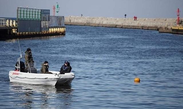 Nurkowie nie znaleźli niewybuchów w kanale portowym.