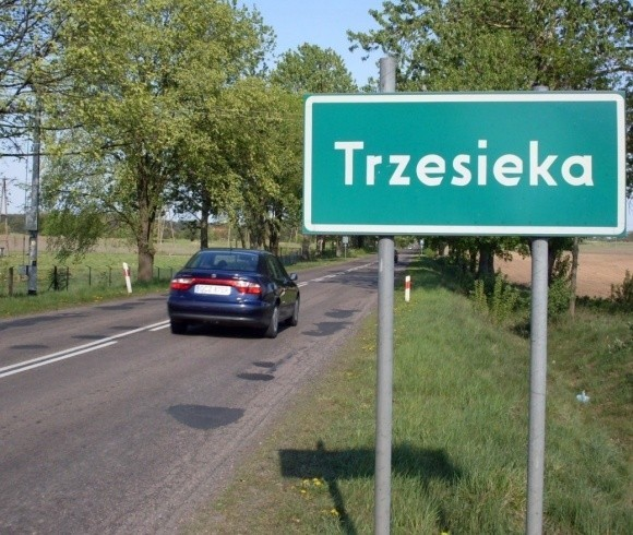 Szczecinek chciał zaanektować sąsiednie sołectwo Trzesieka. Na tę propozycję nie przystał minister Schetyna. Los przyszłych granic miasta mogą jeszcze odwrócić ministrowie.