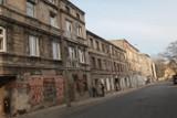 Kolejna afera z wyłudzaniem kamienic w Łodzi. Oskarżona wprowadziła w błąd sąd i notariusza. Wkrótce jej proces
