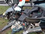 Wypadek w Bojadłach. Strażacy uwalniali osobę zakleszczoną w samochodzie