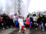 Zablokowali centrum Buska i tańczyli Harlem Shake. Następca Gangnam Style podbija świat (wideo)